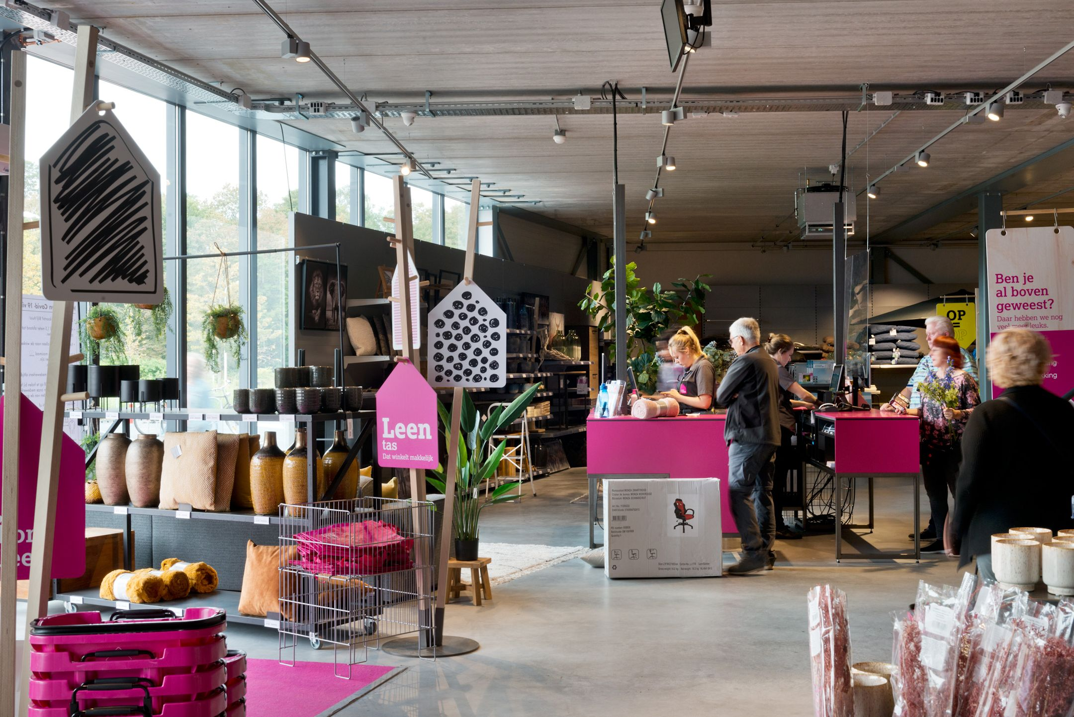 Leen Bakker Maastricht Winkellay-out 02